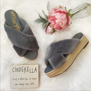 NWOT Sam Edelman Furry sandals